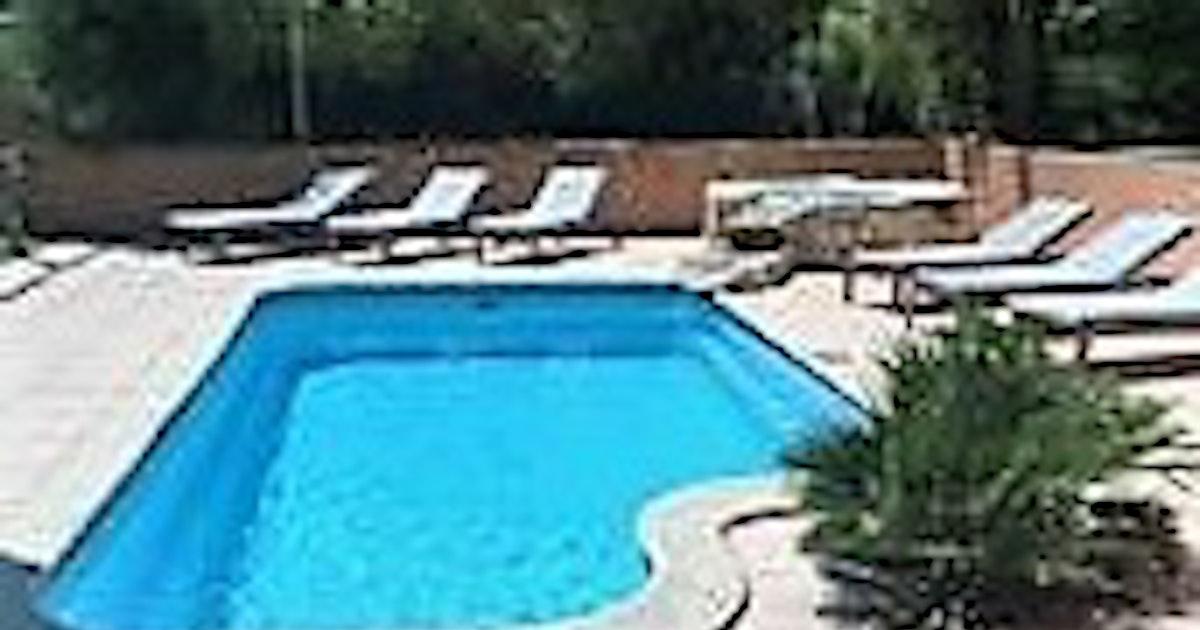 Tranquilit au bord de la piscine bouc bel air - Piscine plein air aix en provence ...