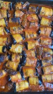 Eggplant meat rolls (Moussaka Rolls)